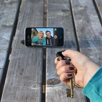 Selfie Phone Finder