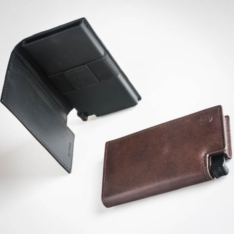 Parliament Classic Wallets with Trackers