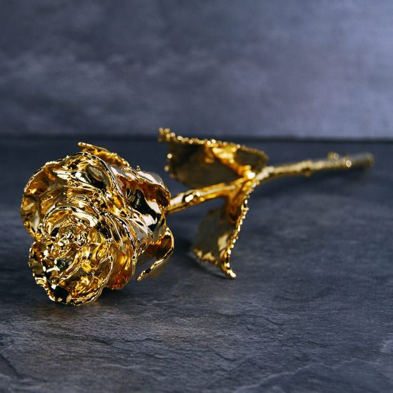 24k Golden Rose in a Black Gift Box - Lifestyle