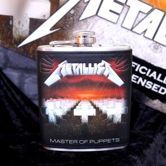 Metallica Master of Puppets Hipflask - Lifestyle
