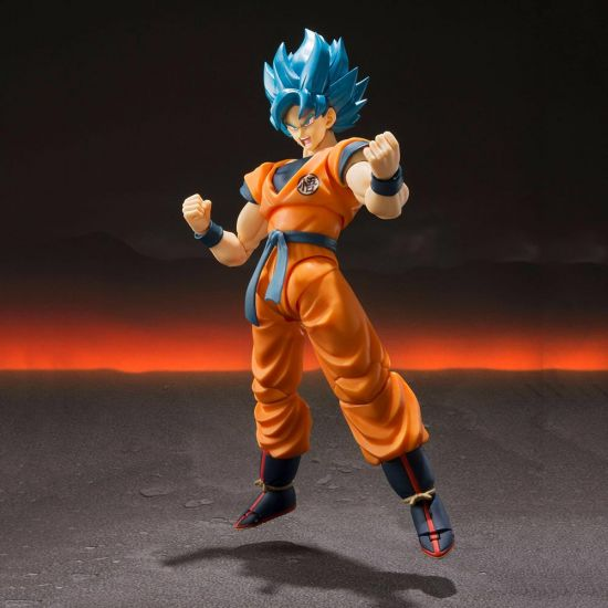 Bandai Tamashi Nations Dragonball Z Super Saiyan Goku Figure - Lifestyle