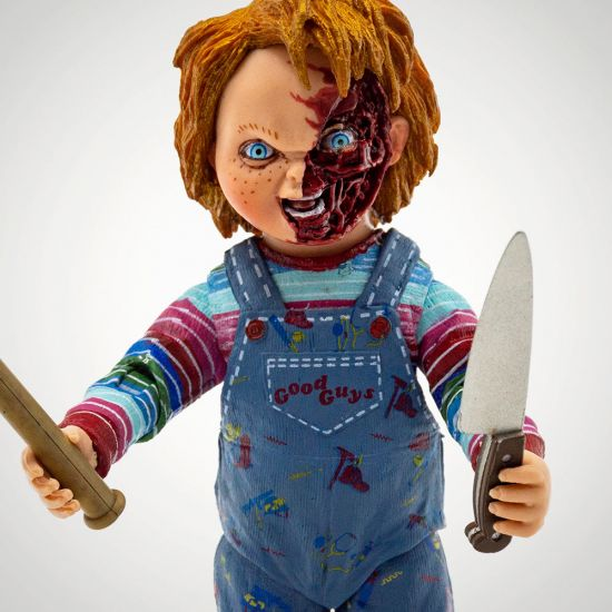 "Child's Play Chucky 7"" Figure - Grey Background"