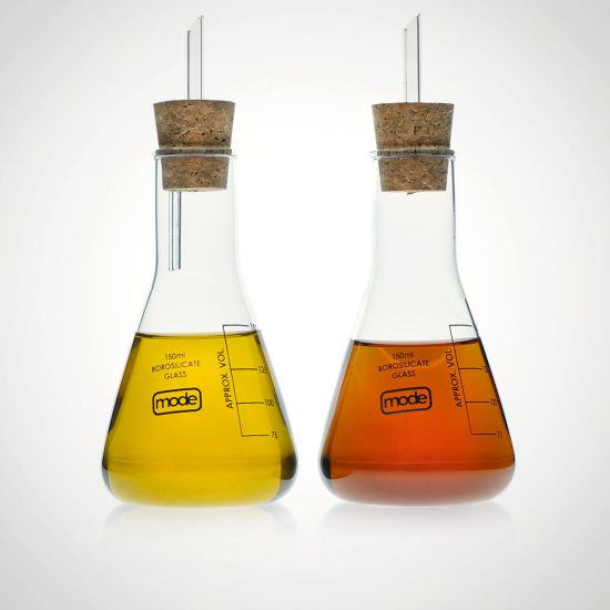 Earl Oil and Vinegar Set - Grey Background