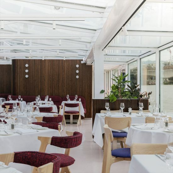 Bateaux London Lunch Cruise for Two-Lifestyle