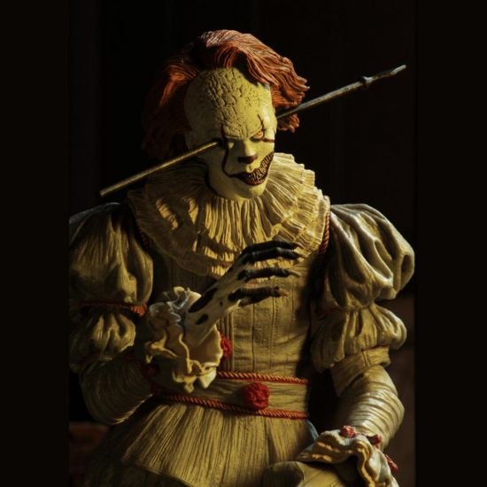 "IT 7"" Scale Figure Ultimate Well House Pennywise - Lifestyle"