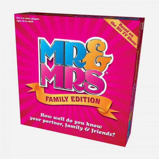Mr and Mrs Game Family Edition - Grey Background