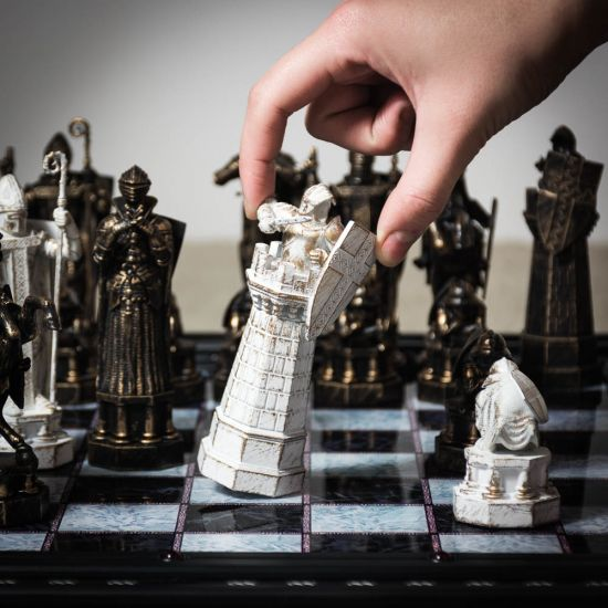 Harry Potter Final Challenge Wizards Chess Set 3