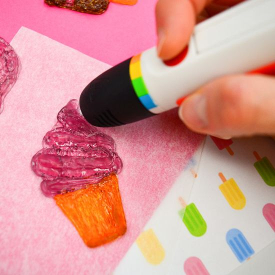 Polaroid Candy Play 3D Pen with 3d printed cupcake