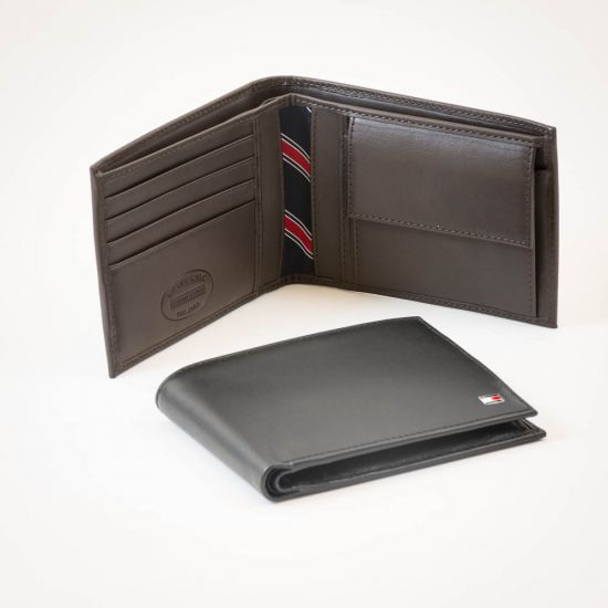 Tommy Hilfiger Eton CC and Coin Wallet 1
