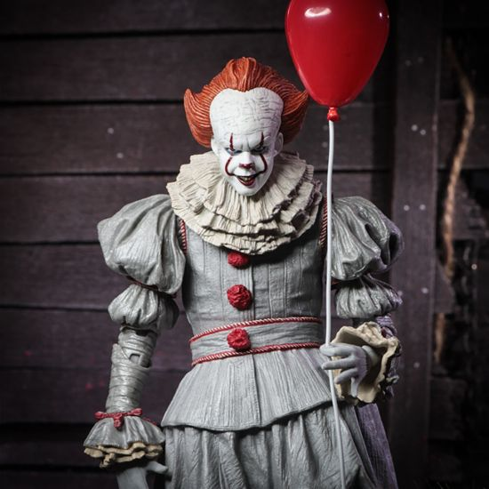 "7"" IT Pennywise Scale Action Figure with red balloon"