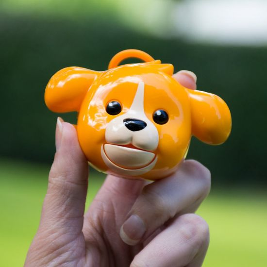 Mojimoto Dog in hand