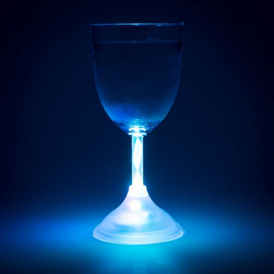 Colour Changing Wine Glass 0
