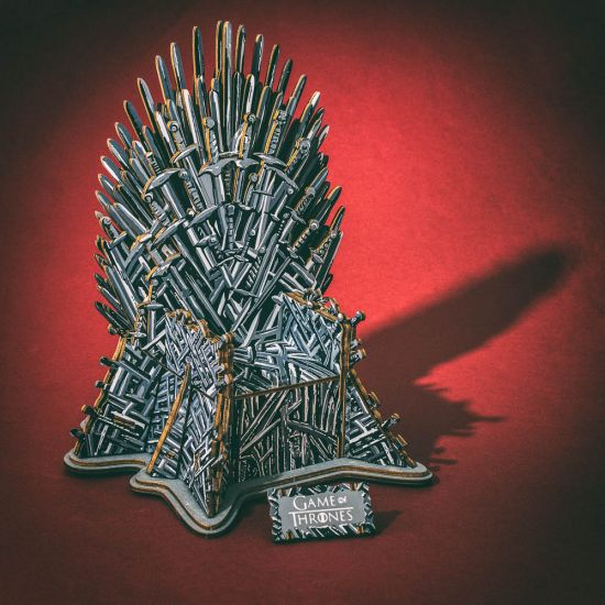 Game Of Thrones 3d Monument Puzzle Who Sits The Iron