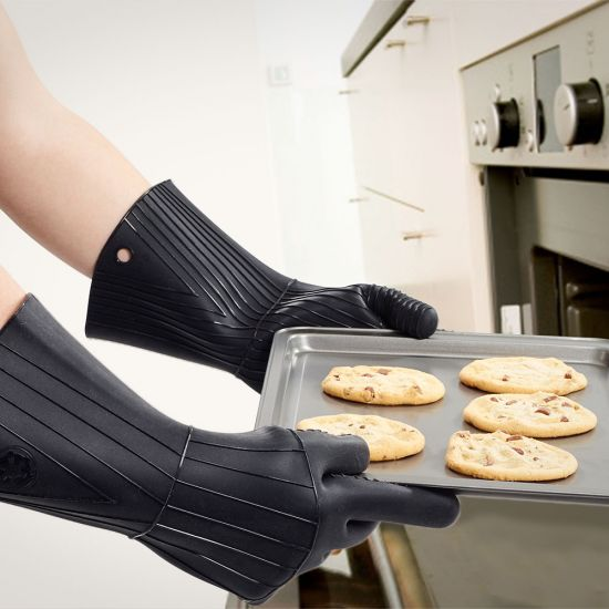 Darth Vader Oven Gloves 1