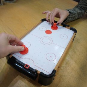 Air Hockey Table 16""